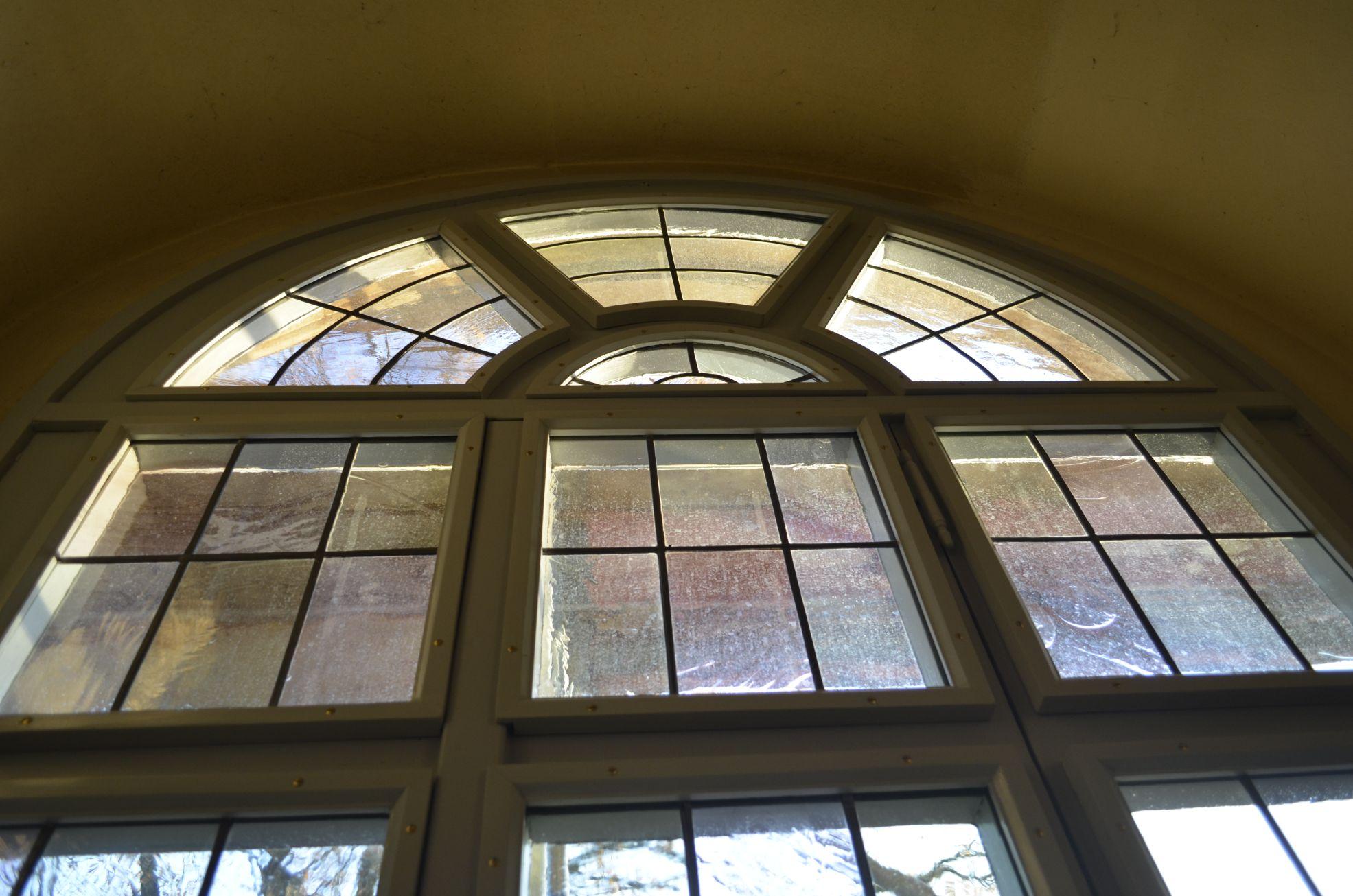Unser aktuelles Grossprojekt:  Kirchenfenster-Restaurierung